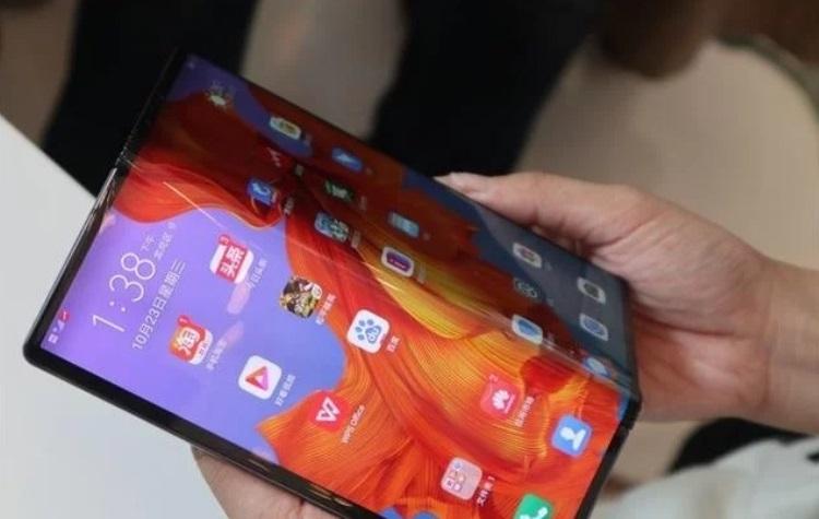 """Складной смартфон Huawei Mate X поступит в продажу в Китае 15 ноября, как и было запланировано"""""""
