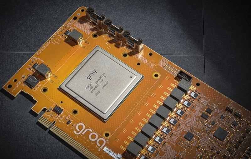 """Представлен первый в мире тензорный процессор с производительностью 1 Петаопс"""""""