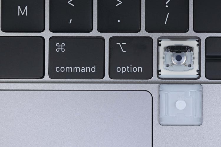 """iFixit подтвердила: Apple вернулась к старому дизайну клавиатуры в MacBook Pro 16"""""""""""