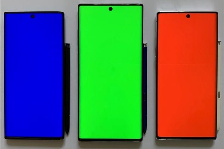 """AMOLED-дисплеи будут доминировать на рынке смартфонов в 2023 году"""""""