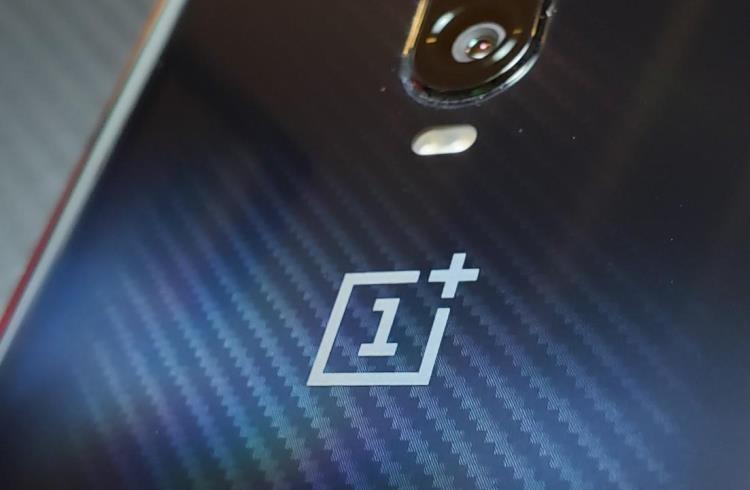 """Компания OnePlus сообщила об утечке клиентских данных"""""""