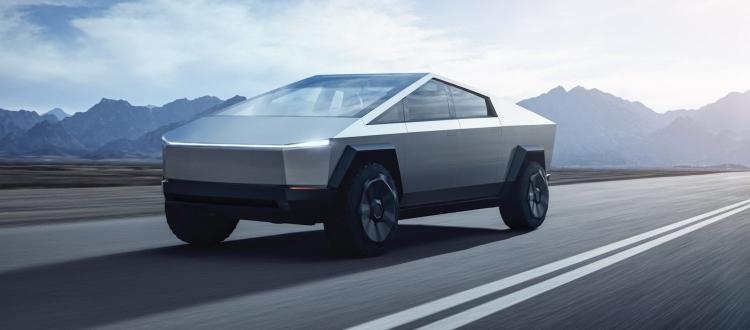 "Видео: прототип Tesla Cybertruck впервые замечен среди бела дня на дороге"""