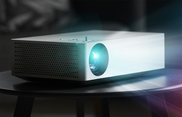 "Проектор LG CineBeam HU70LS формата 4K построен на платформе webOS"""