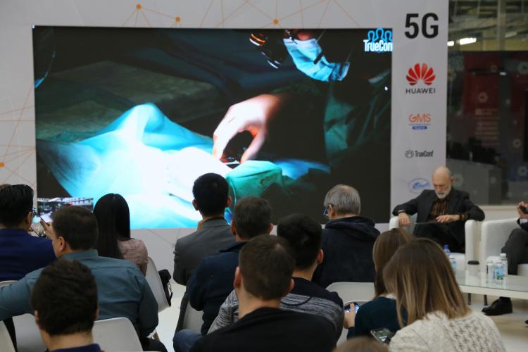 """В России провели первые хирургические операции с использованием сети 5G"""""""