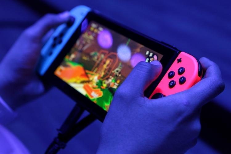 """Bloomberg: праздничный период 2019-го станет испытанием на «долговечность» для Nintendo Switch"""""""