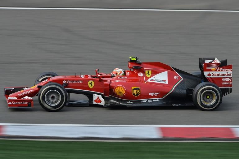 Современный Ferrari F14 T (2014 год)