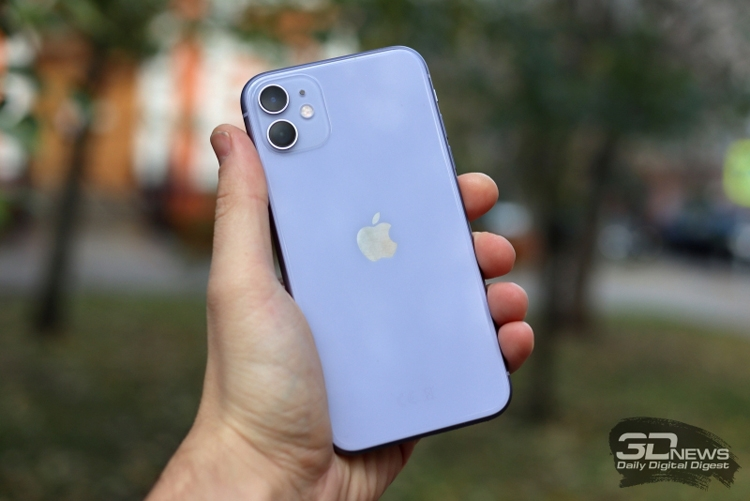"""Apple выпустит iPhone без единого порта"""""""