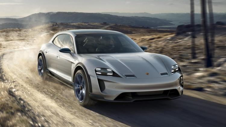 """Porsche тестирует четырёхмоторную трансмиссию для электрических внедорожников"""""""