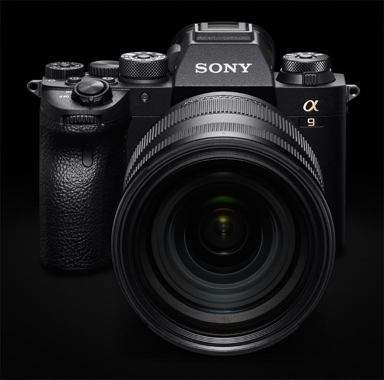 """Полнокадровая камера Sony Alpha 9 II выходит в России по цене почти 400 тысяч рублей"""""""