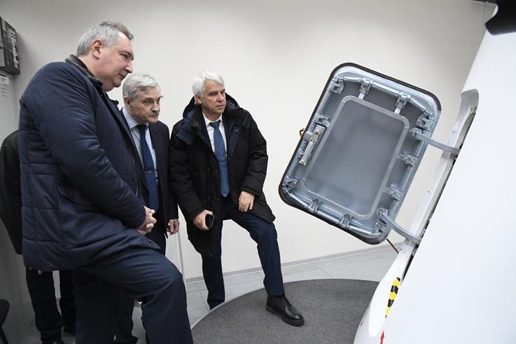 Глава Роскосмоса Дмитрий Рогозин в РКК «Энергия» / Роскосмос