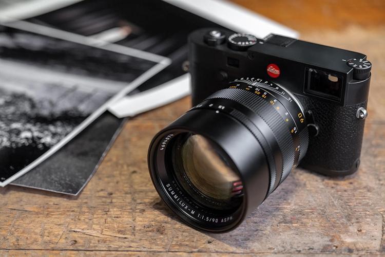 """Объектив Leica Summilux-M 90mm F1.5 ASPH предназначен для портретной съёмки"""""""