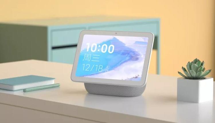 "Xiaomi Mi AI Touchscreen Speaker Pro 8: гибрид смарт-динамика и планшета"""
