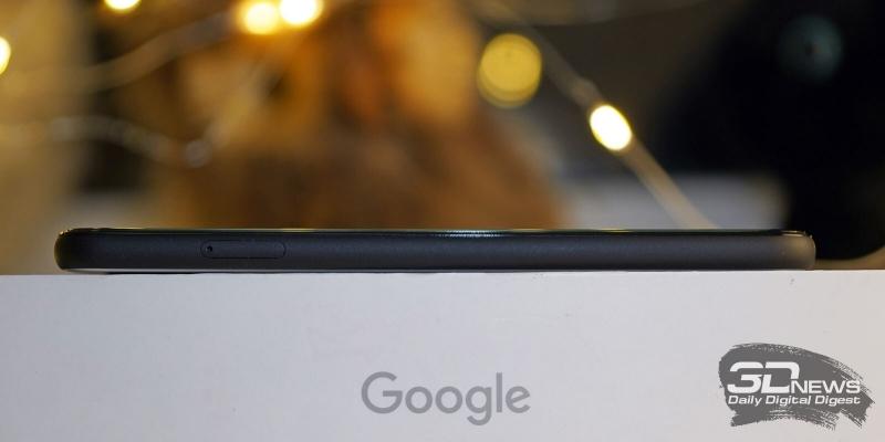 Google Pixel 4, левая грань: слот для единственной карточки nano-SIM