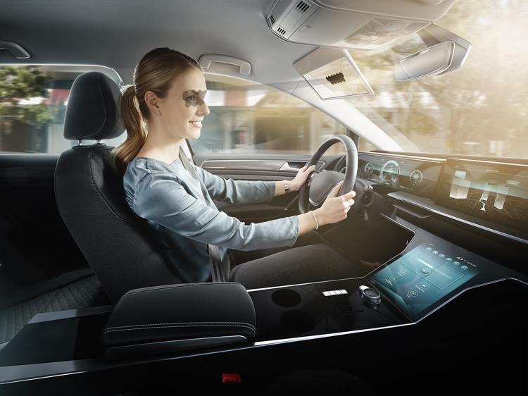Картинки по запросу козырек для автомобилей ces 2020
