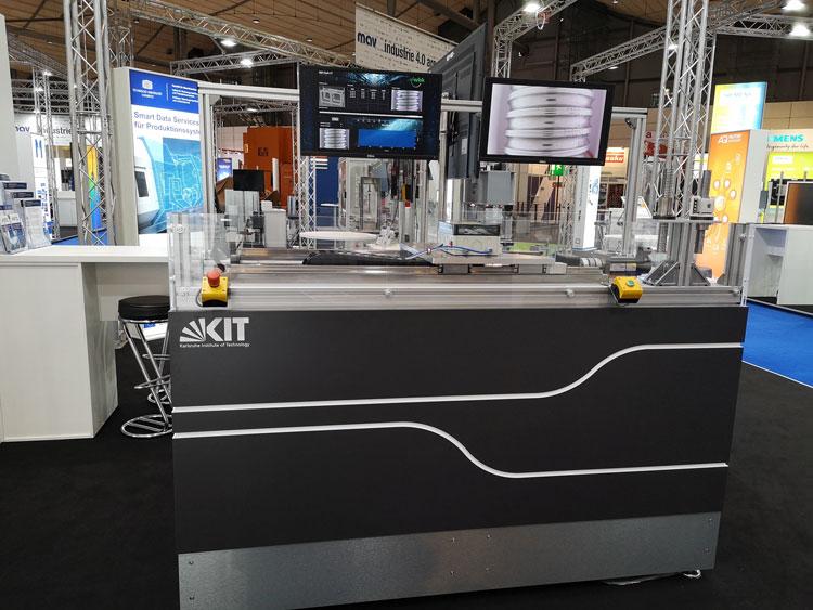 Стенд, имитирующий работу станка с контролем износа ШВП с помощью встроенной камеры и ИИ (KIT)