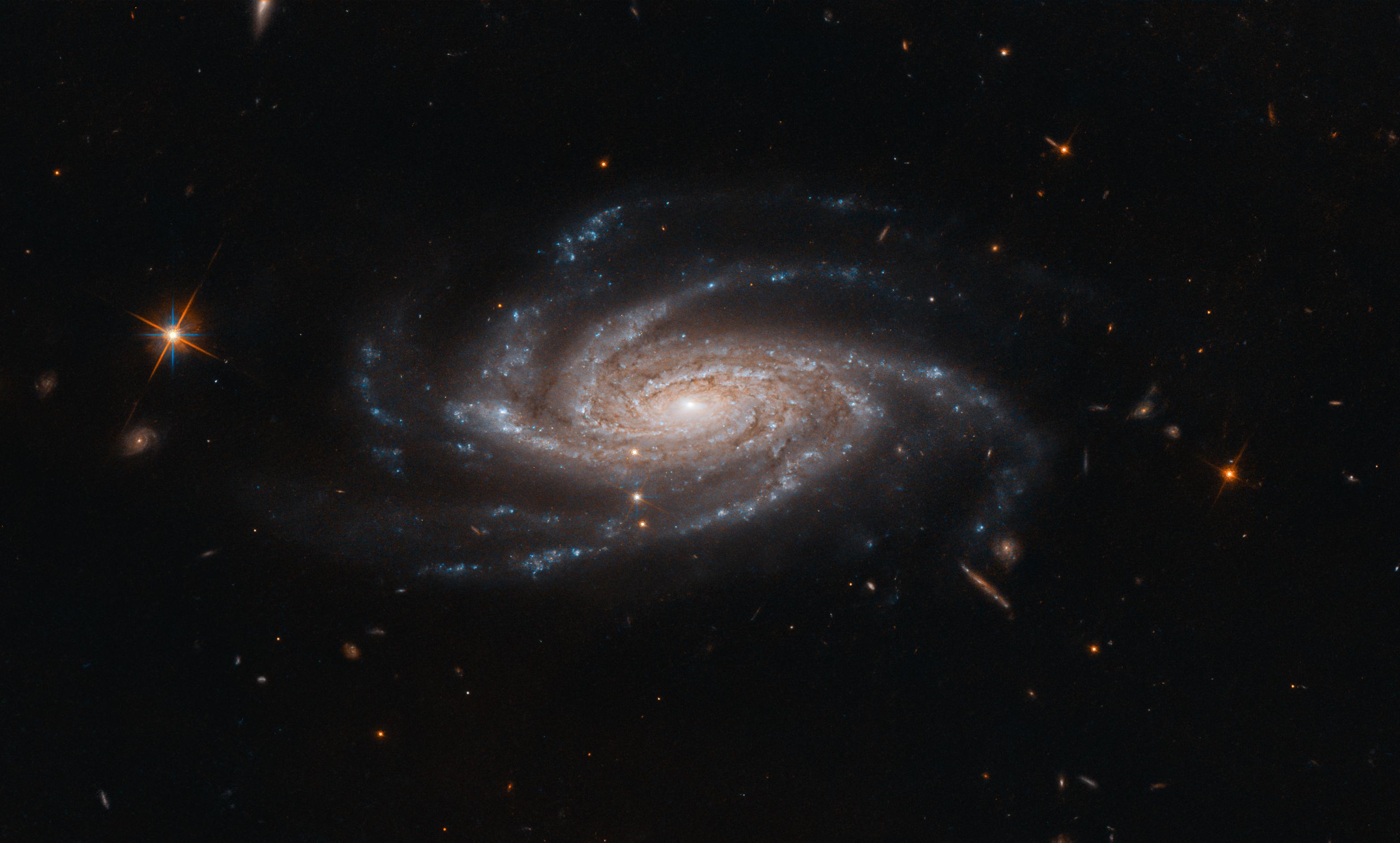 мини-отель исследование галактик картинки квадрат
