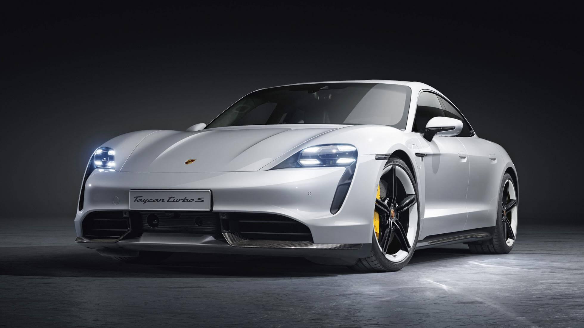 Билл Гейтс предпочёл Porsche Taycan и рассказал о ключевой проблеме электромобилей