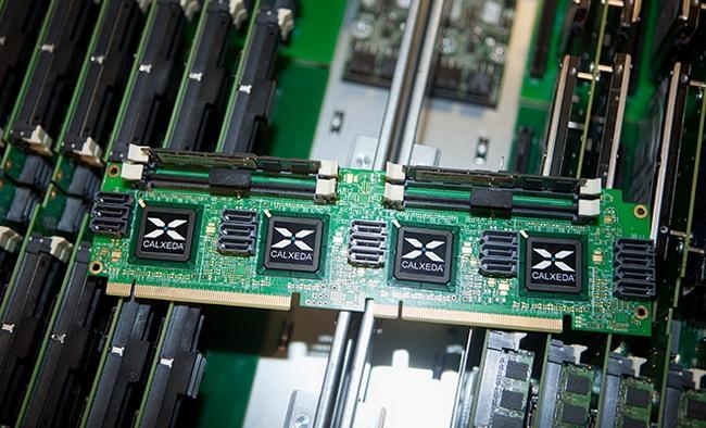 Эталонный дизайн вычислительного узла с четырьмя Calxeda EnergyCore