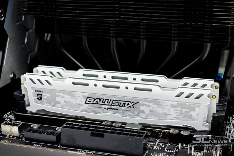Обзор комплектов памяти Crucial Ballistix Sport AT и Sport LT DDR4-3200 2×16 Гбайт. Что лучше: 2 по 16 Гбайт или 4 по 8 Гбайт?