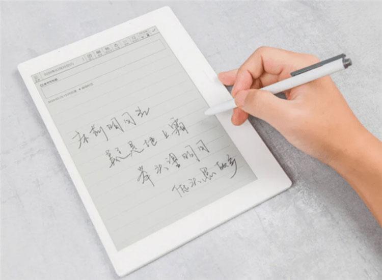 С новым контроллером E Ink рукописный ввод станет быстрее