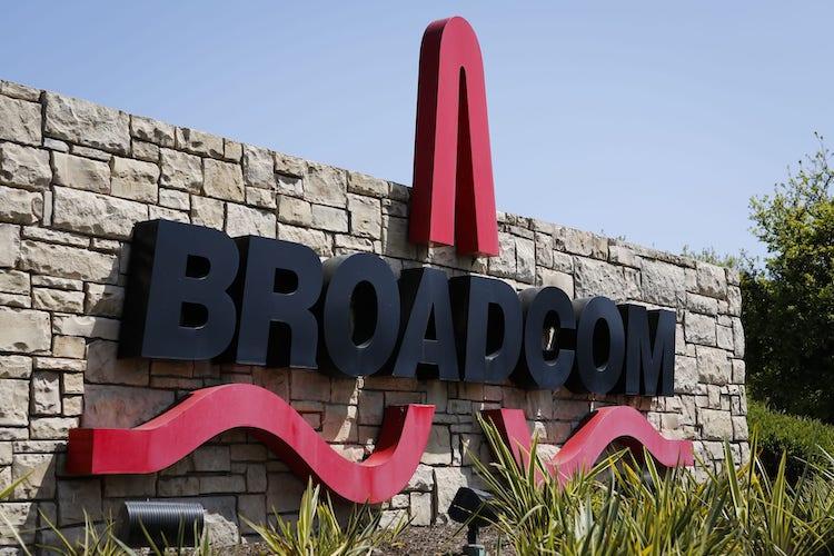 Логотип Broadcom. Фото CNBC