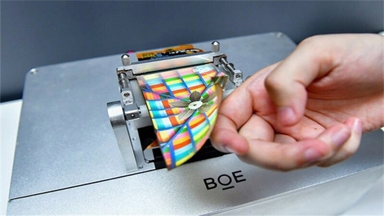 Гибкий OLED производства китайской компании BOE