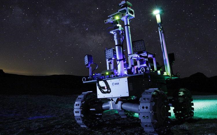Ночные полевые испытания ровера в Испании (Fernando Gandía/GMV)