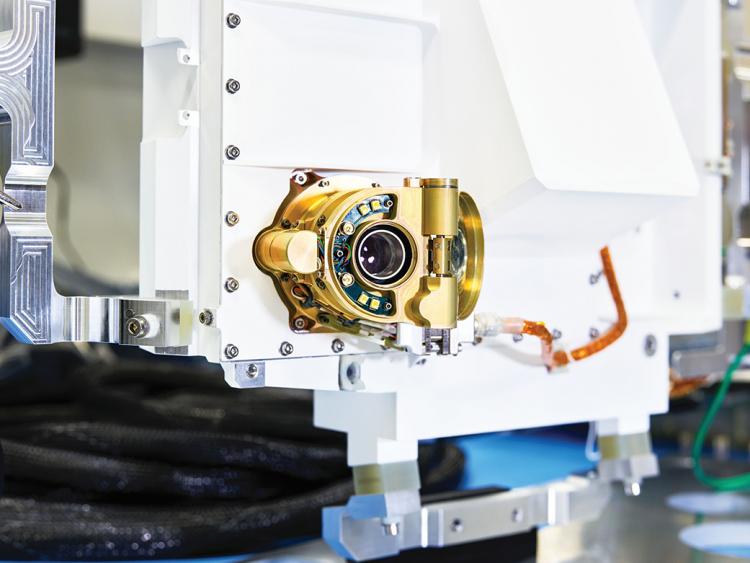 Научный инструмент SHERLOC марсохода «Настойчивость»