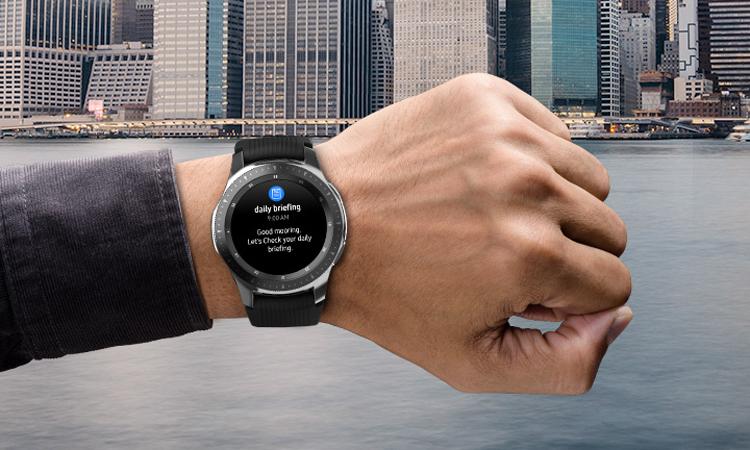 Здесь и ниже часы Galaxy Watch