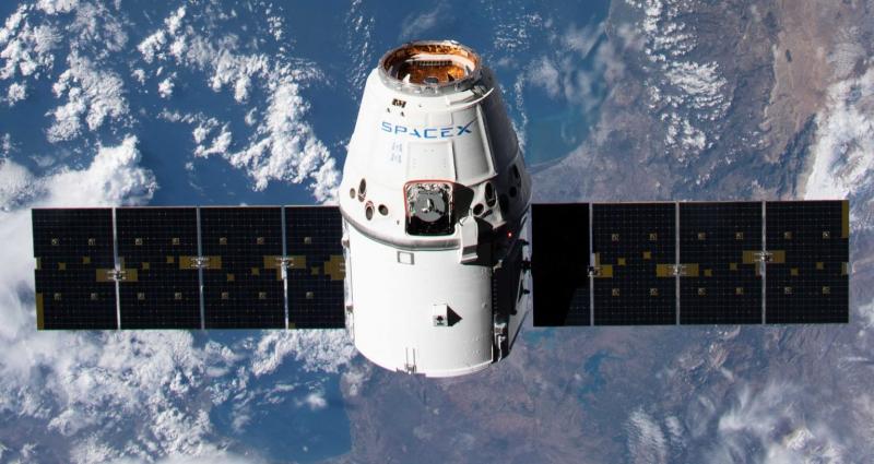 Компания SpaceX накопила большой опыт в ходе эксплуатации кораблей Dragon при доставке грузов на МКС. Фото NASA