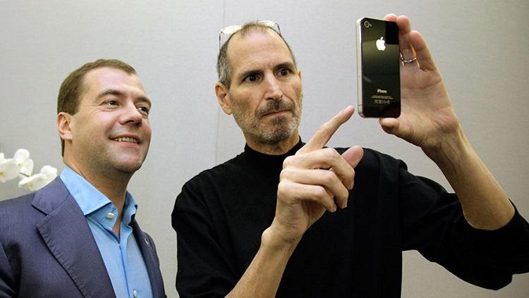 Легендарному iPhone 4 исполнилось десять лет