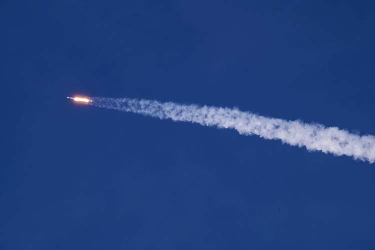 Пентагон впервые разрешил SpaceX повторно использовать Falcon 9 после запуска военного спутника