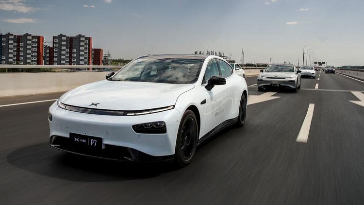 Китайцы первыми в мире начали серийное производство автомобилей с автопилотом на ИИ-чипах NVIDIA