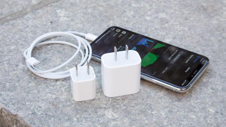 iPhone 12 Pro может получить более скромный аккумулятор, чем iPhone 11 Pro (Future)