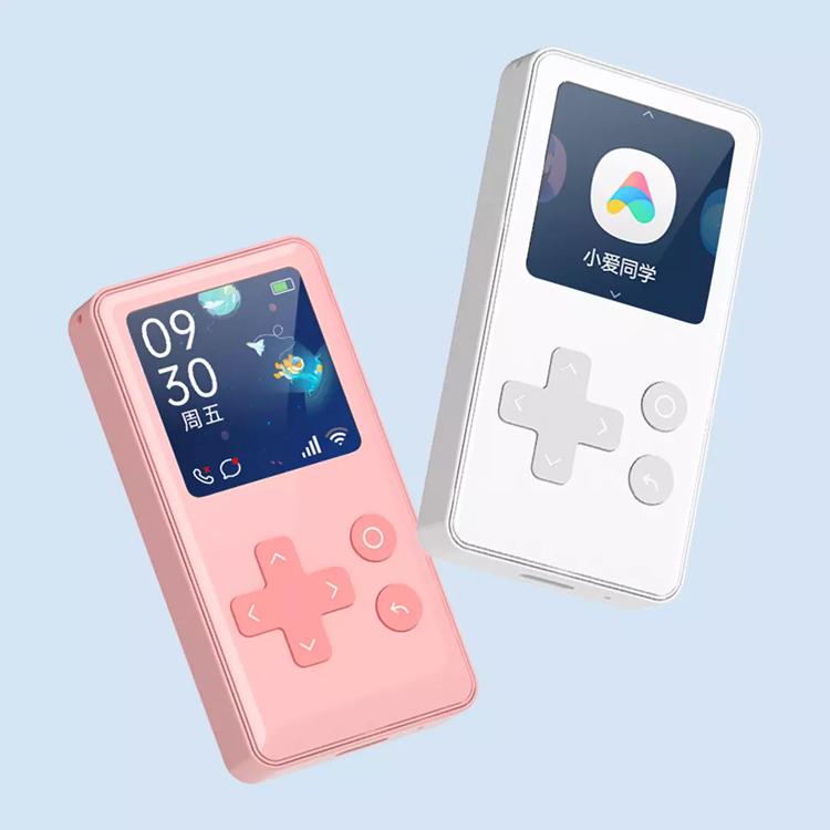 Xiaomi представила детский телефон Qin AI Phone в стиле Nintendo GameBoy