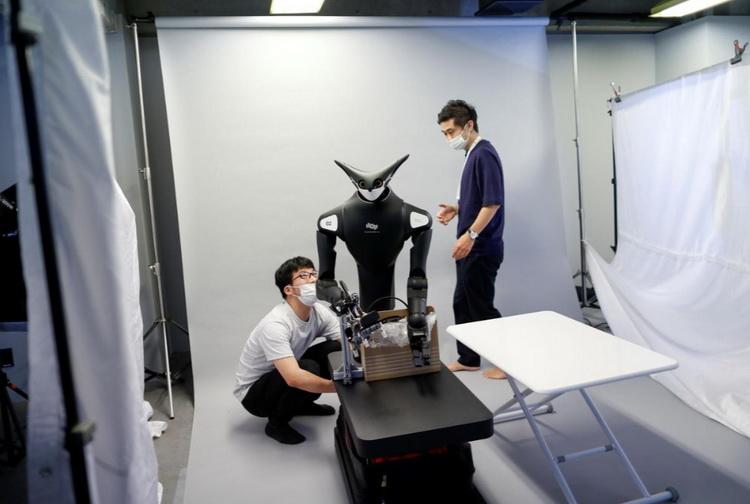В Японии создали робота-мерчандайзера: страна испытывает нехватку рабочей силы на фоне COVID-19
