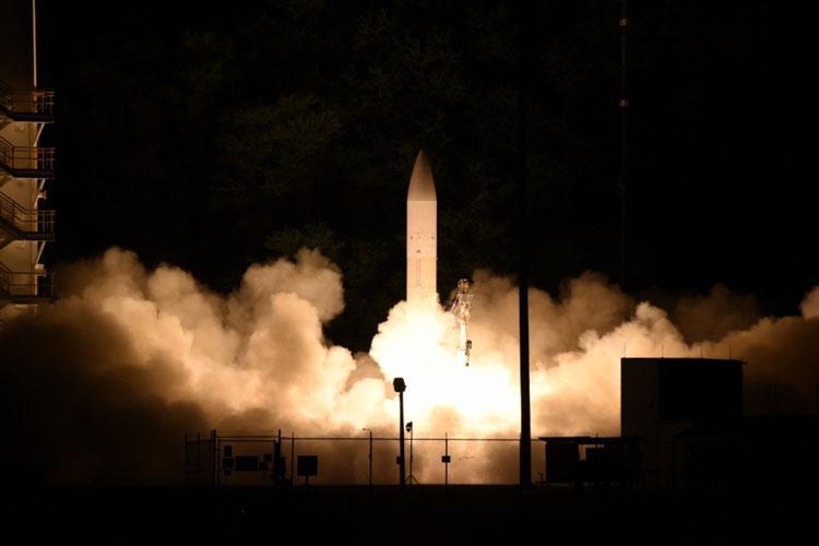 """Американская «супер-пупер» гиперзвуковая ракета не догнала «Авангард»"""""""