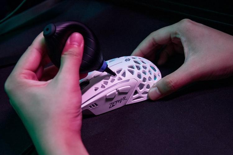 Игровая мышь Zephyr Gaming Mouse оснащена вентилятором для охлаждения ладони