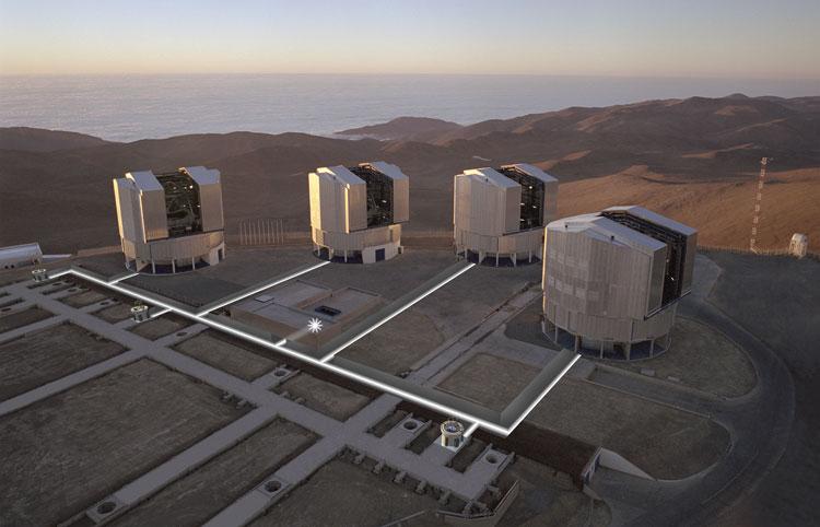 Комплекс телескопа VLT в Чили