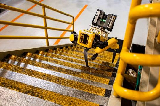 Ford «нанял» роботов Boston Dynamics для составления планов своих заводов