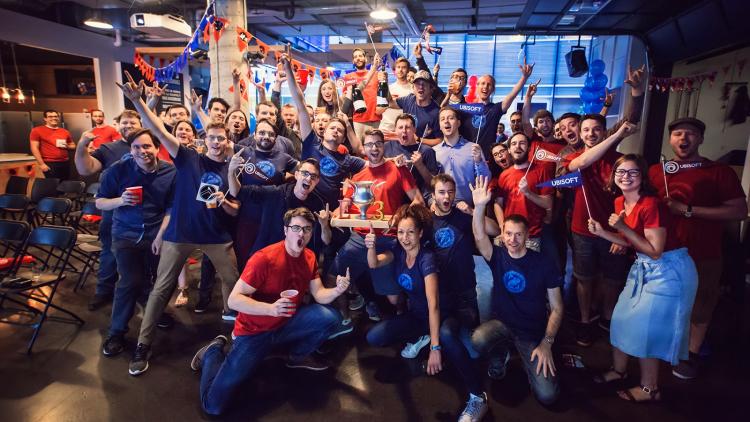 Команда Ubisoft Quebec времён E3 2018