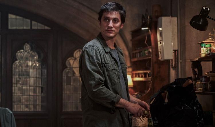 Лука Маринелли в образе Ники из фильма «Бессмертная гвардия»