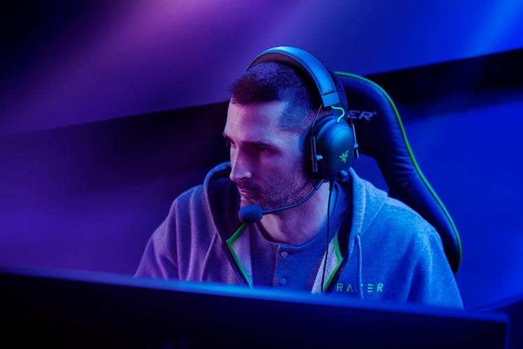 Razer представила высококлассную геймерскую гарнитуру BlackShark V2 с пассивным шумоподавлением