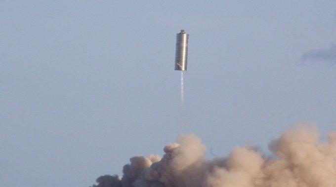 Прототип космического корабля SpaceX Starship успешно взлетел на 150 метров