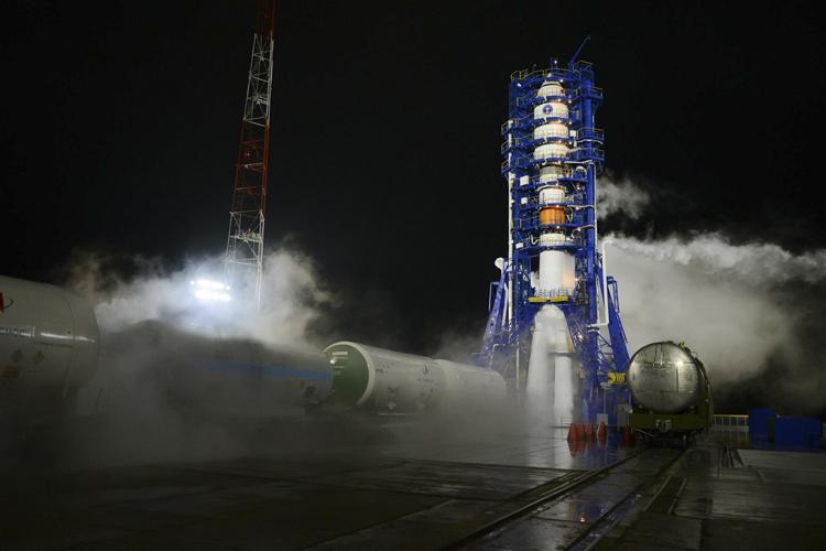 Как тебе такое, Илон Маск: Роскосмос намерен создать ракету, превосходящую SpaceX Falcon 9