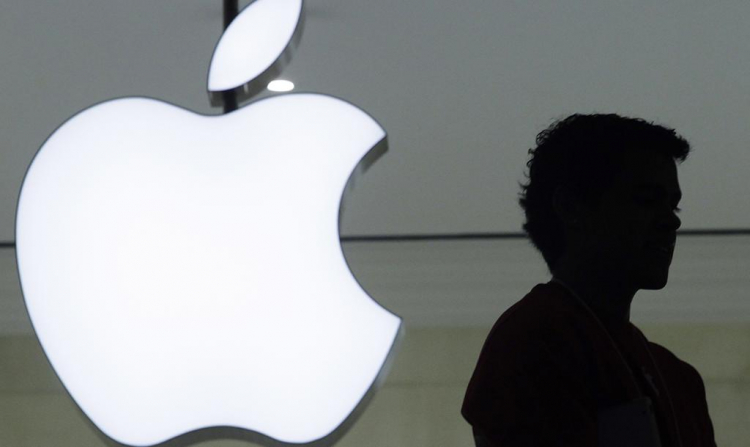 Капитализация Apple впервый раз  превысила 2 трлн долларов