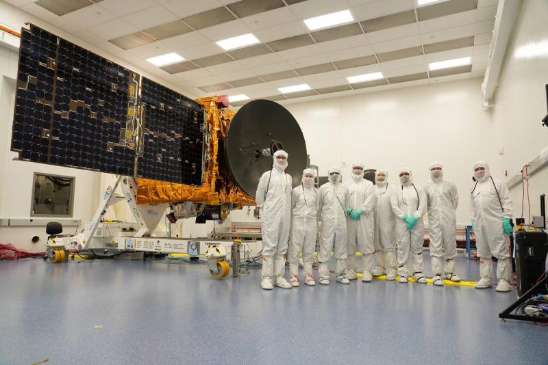 Заключительные испытания зонда «Аль-Амаль» перед отправкой на космодром Танэгасима. Фото https://twitter.com/HHShkMohd