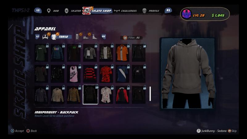 Ремейк хочет, чтобы вы потратили сколько-то часов на получение предметов одежды. Похожие выдавались уровней десять назад. Причём все предметы потом нужно покупать за внутриигровую валюту!