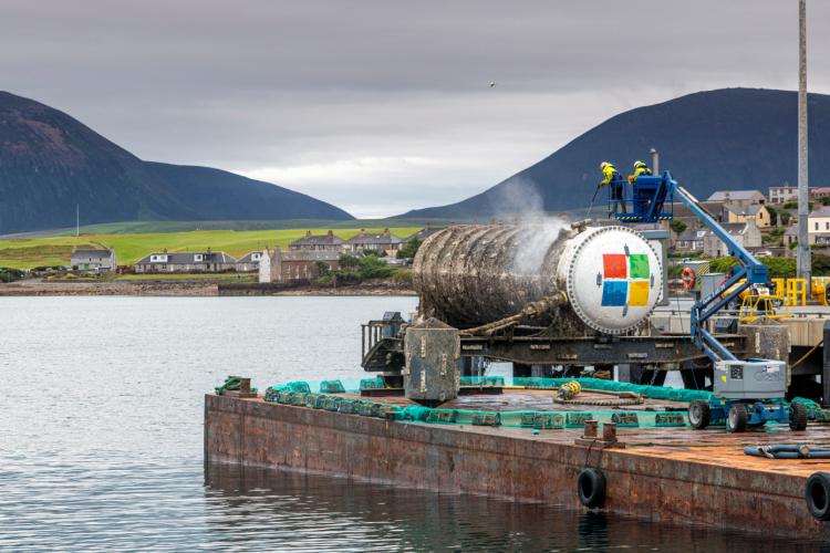 """Экспериментальные подводные дата-центры Microsoft оказались в восемь раз надёжнее, чем наземные аналоги"""""""