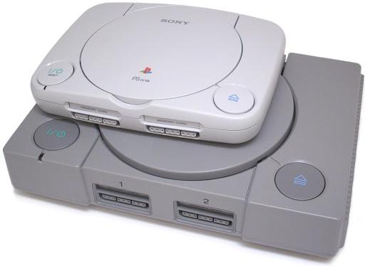 Обновлённая версия была значительно меньше оригинальной PlayStation